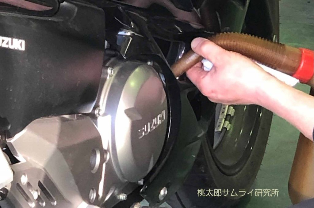 バイクのオイル交換の費用